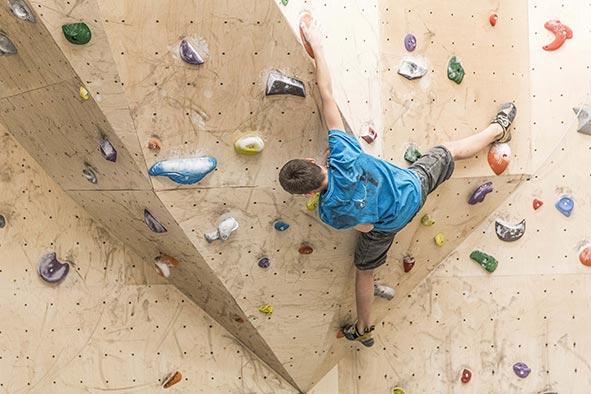 boulderszene-im-kletterstadl