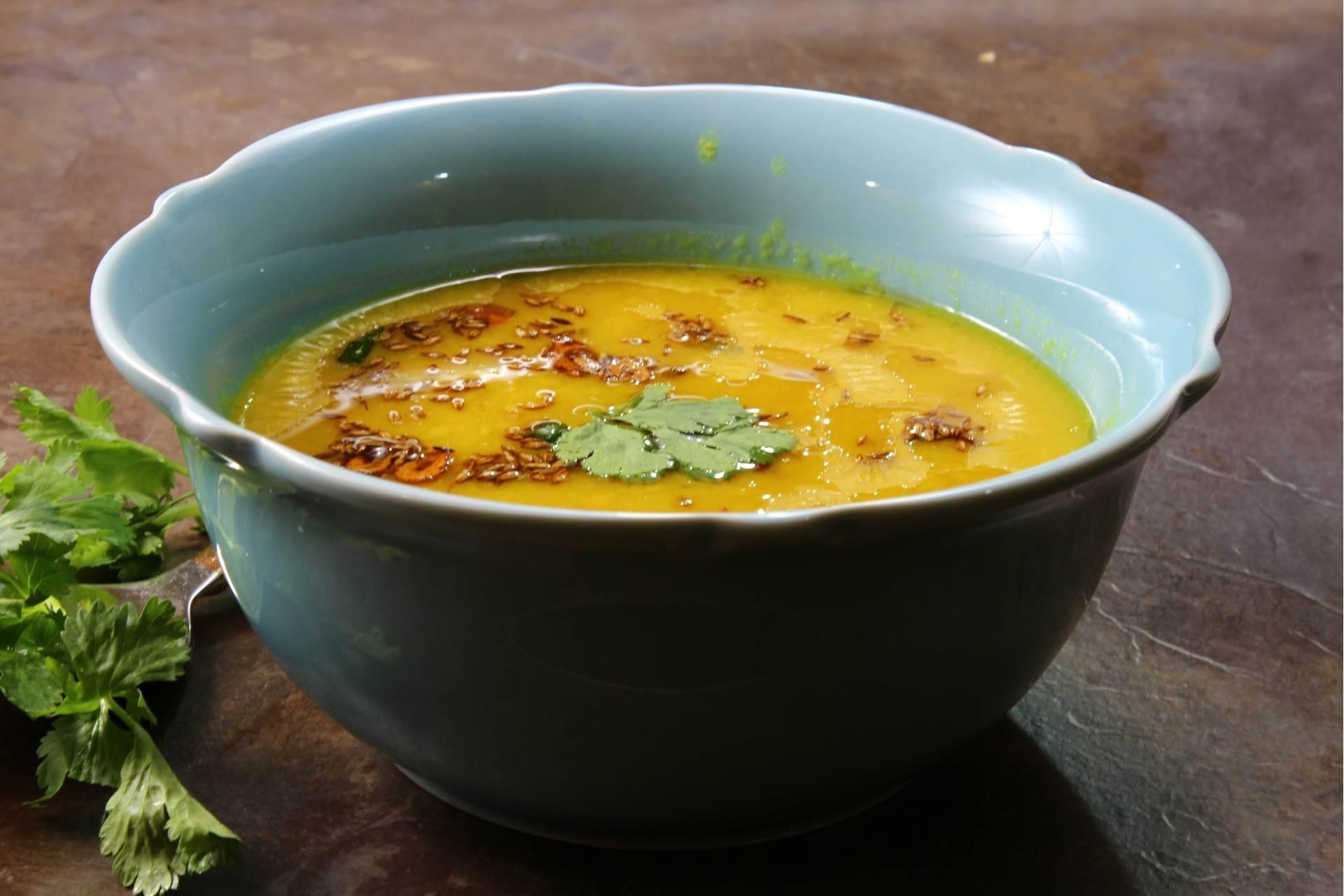 Gelbe Linsen Suppe